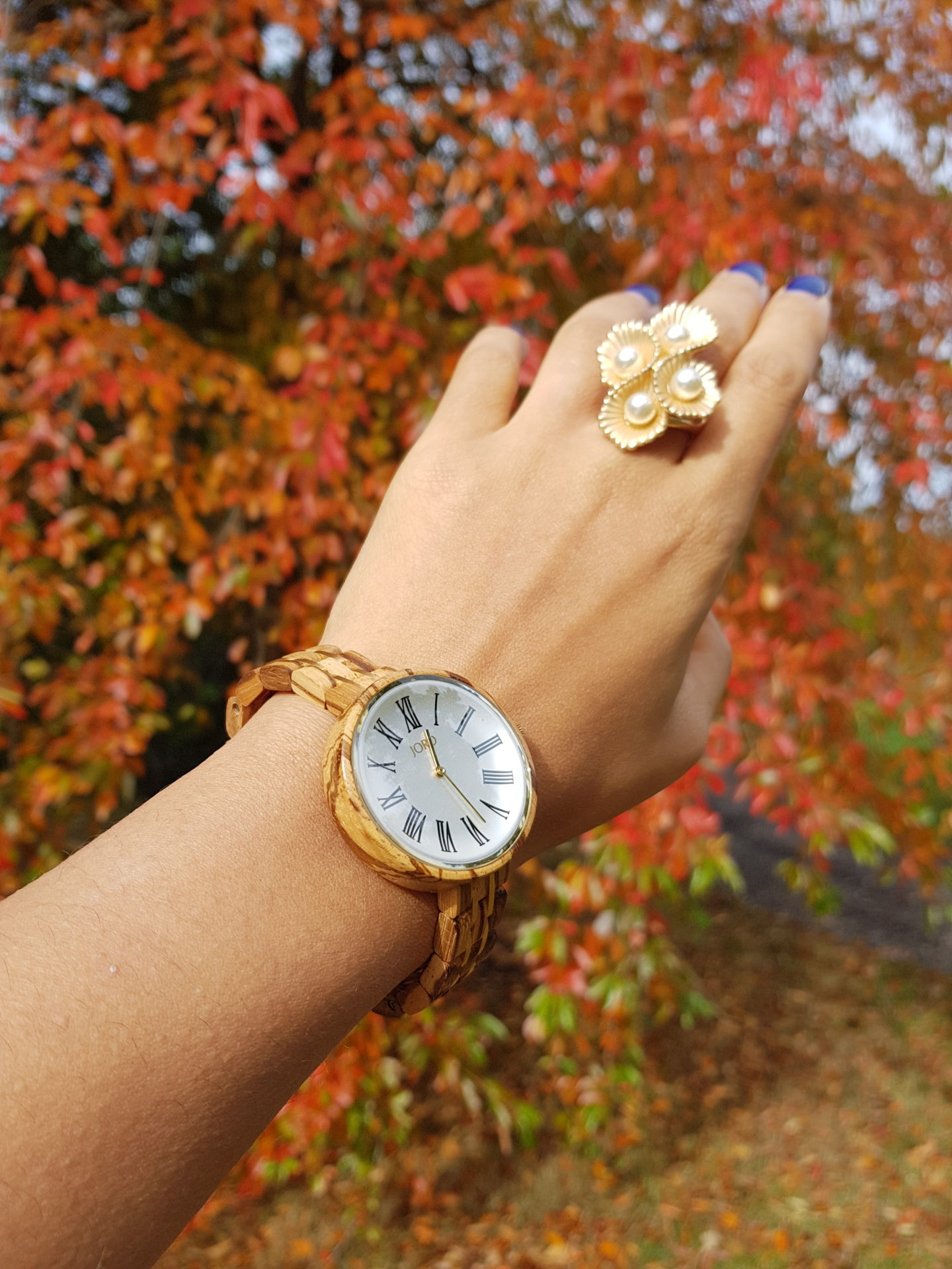 Unique watches for women: The best accessory for Autumn